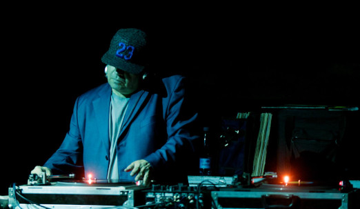 dj kinkong. 2 The Story Of Steen Kong & 10 Thousand Records